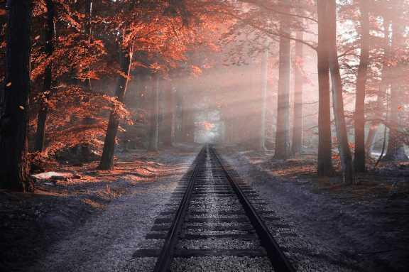 В Красноярске под поездом погиб 23-летний парень